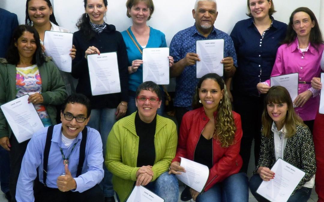 Professores de Pomerode concluem curso de tecnologia aplicada às boas práticas didáticas