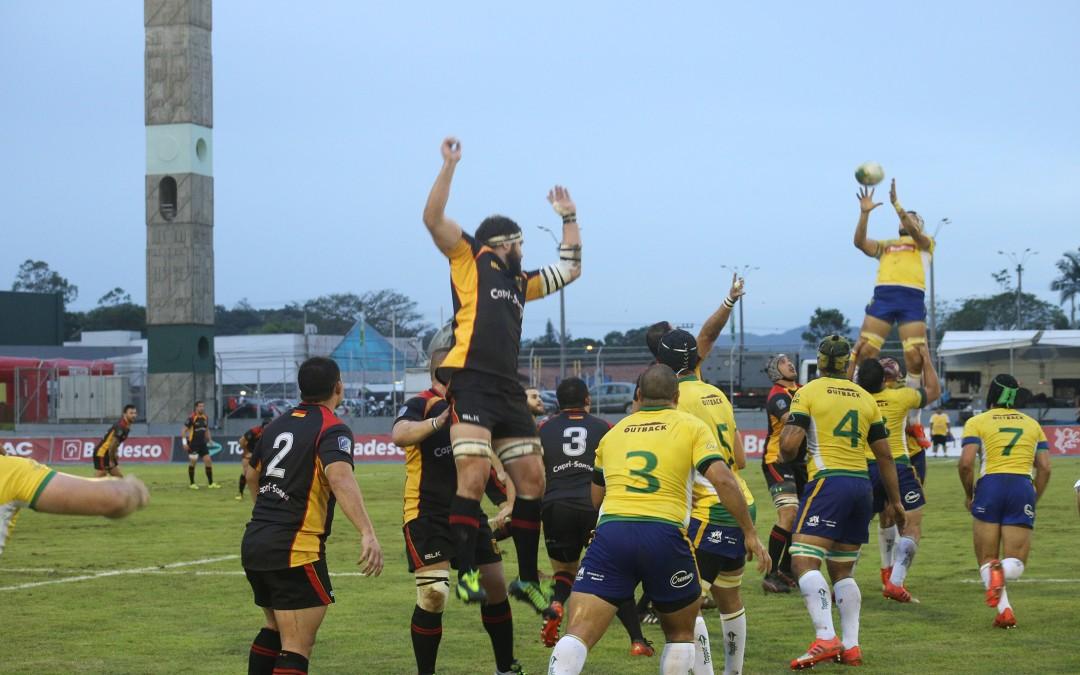Complexo esportivo do SESI de Blumenau recebe cerca de três mil pessoas em partida internacional de rugby