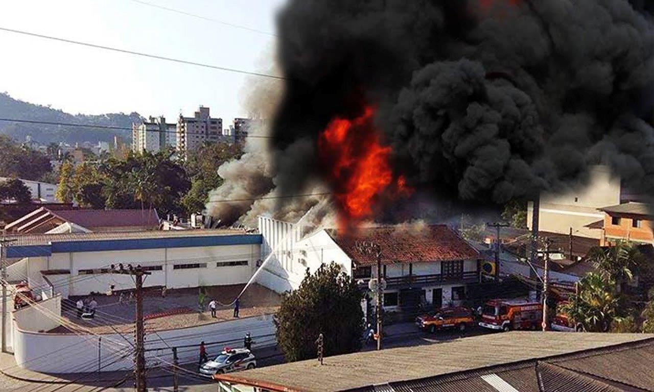incendio_blukit