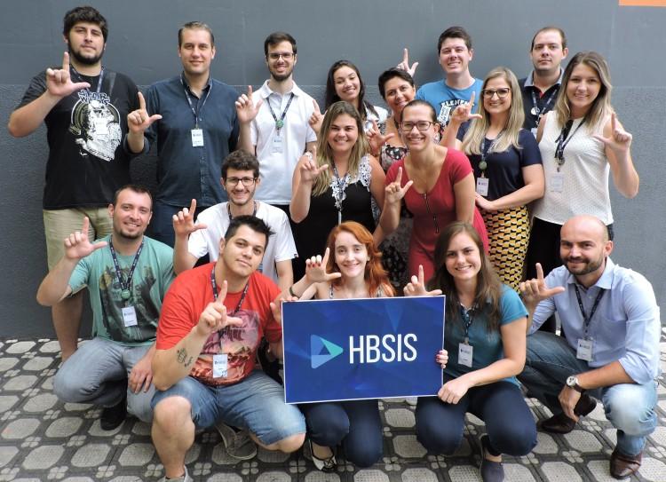 SESI ensina libras em empresas de Blumenau