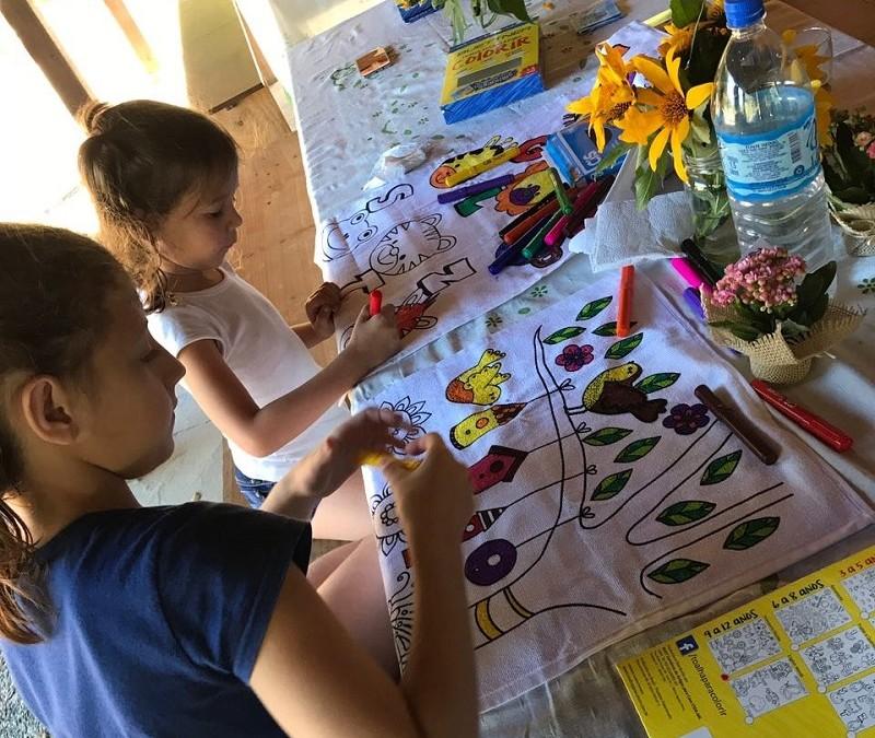 Três brincadeiras para se divertir com as crianças nas férias de julho