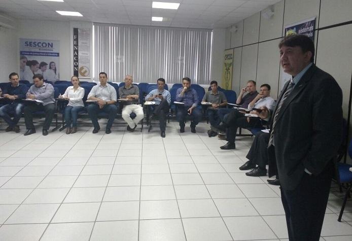 Sescon apresenta demandas da entidade aos vereadores de Blumenau