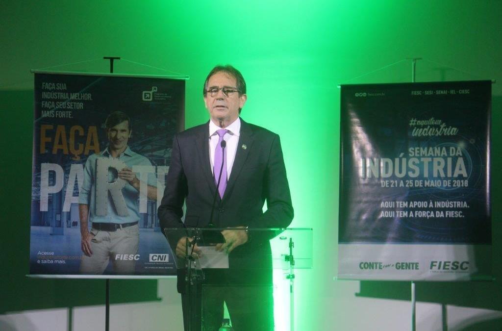 """""""Desafios da Indústria Catarinense"""" é tema da abertura da Semana da Indústria no Vale do Itajaí"""