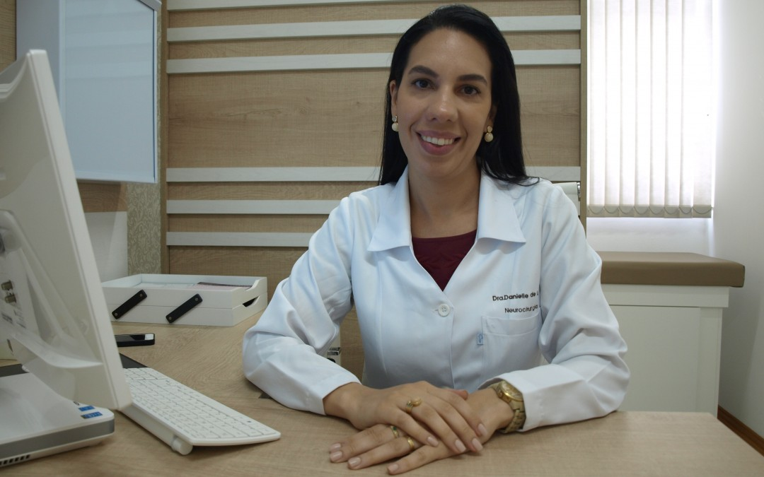 Neurocirurgiã de Blumenau concorre ao prêmio de melhor  pesquisa internacional