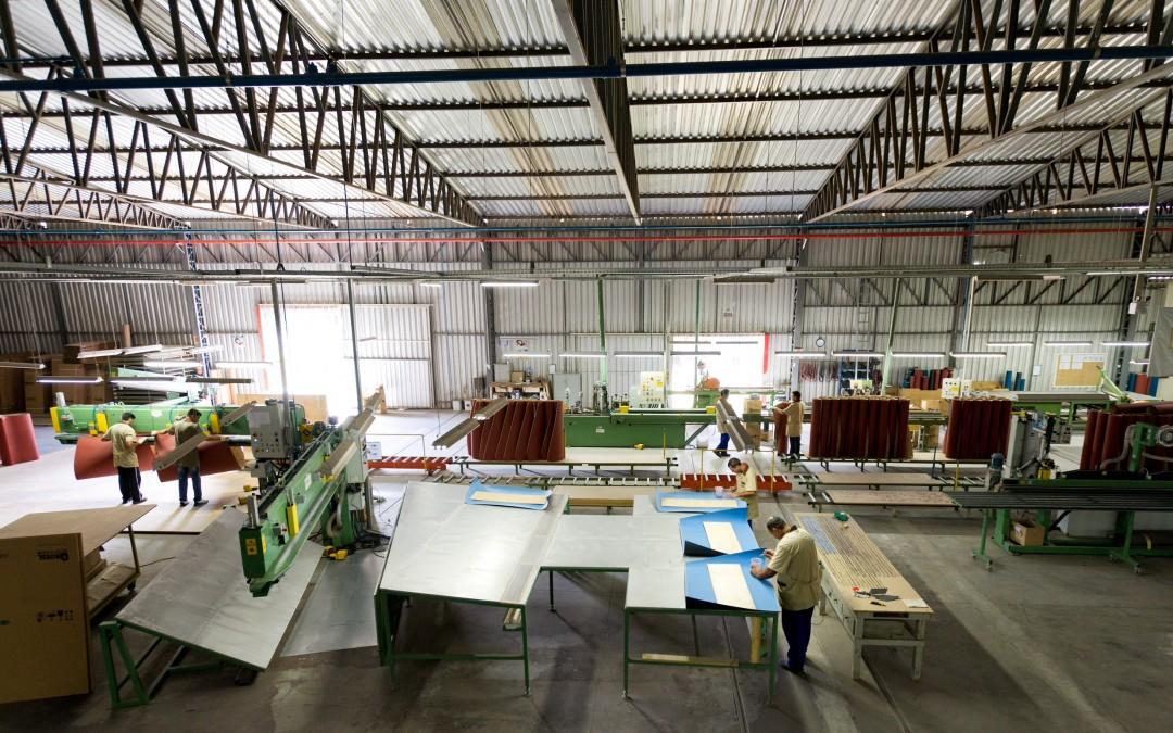 Empresa catarinense aposta em um novo conceito de abrasivos, adesivos e acessórios para madeira na FIMMA Brasil 2019