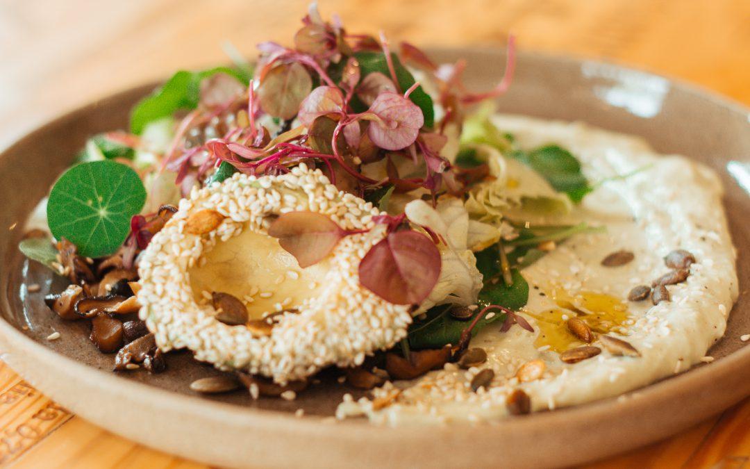 Leve, de fácil preparo e deliciosa: aprenda a fazer a salada veggie