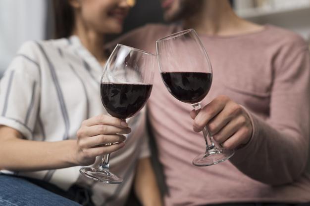 Fique em casa: escolha o vinho alemão ideal para celebrar as tradições germânicas no mês de outubro