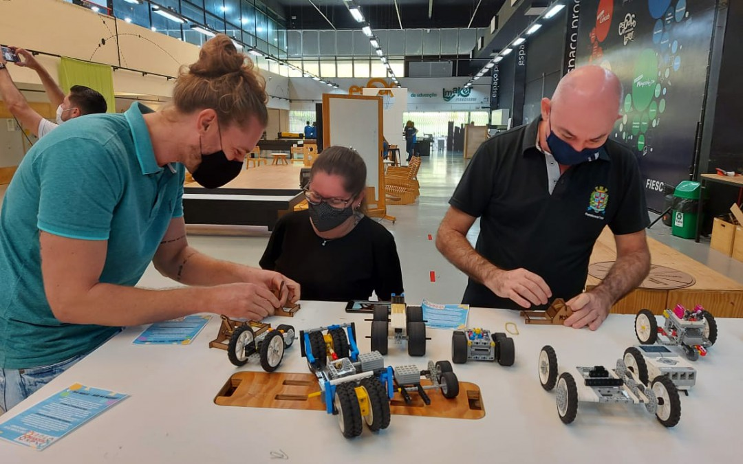 Espaço Maker do SESI de Blumenau é modelo de inspiração para outros municípios