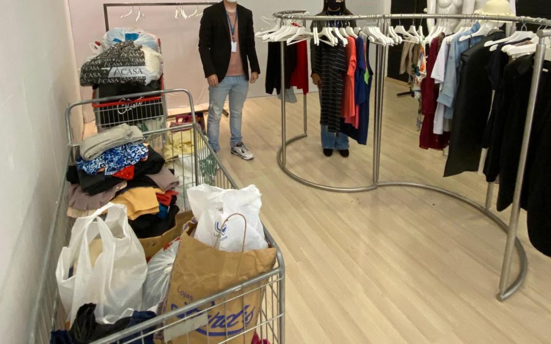 Shopping Park Europeu realiza doações de vestuários de inverno à APAE de Blumenau